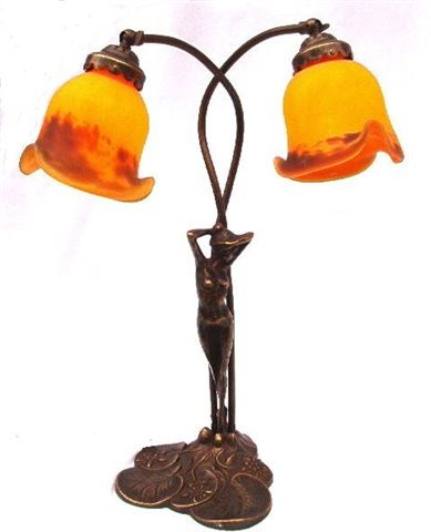 lampe art nouveau femme elsa lampe laiton bureau lampe pate de verre 2 tulipes. Black Bedroom Furniture Sets. Home Design Ideas
