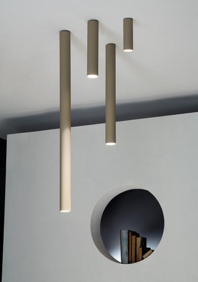 plafonnier tube moderne luminaire italia studio. Black Bedroom Furniture Sets. Home Design Ideas