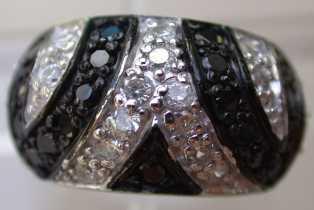 Bague cristal noir et blanc