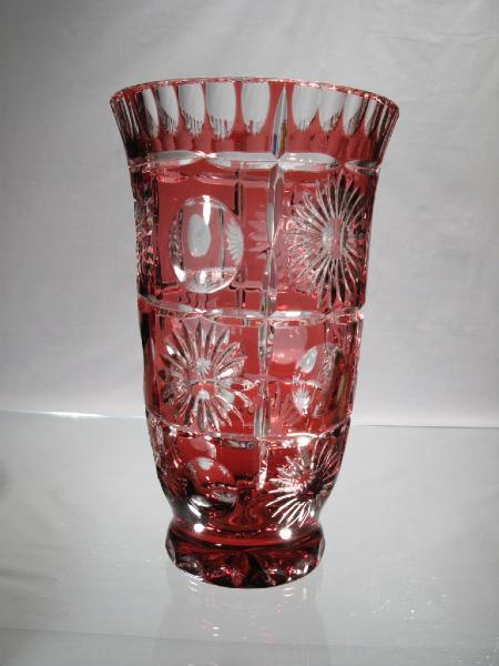 vase rouge cristal vase rouge cristal taille vase cristal boheme. Black Bedroom Furniture Sets. Home Design Ideas