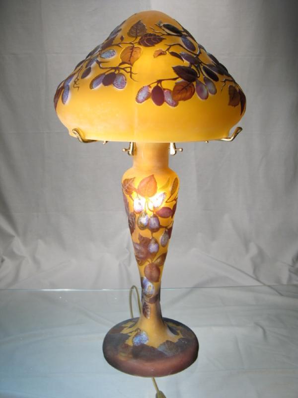Lampe tip gall prune lampe prune souffle lampe pate for Lampe de chevet en cristal