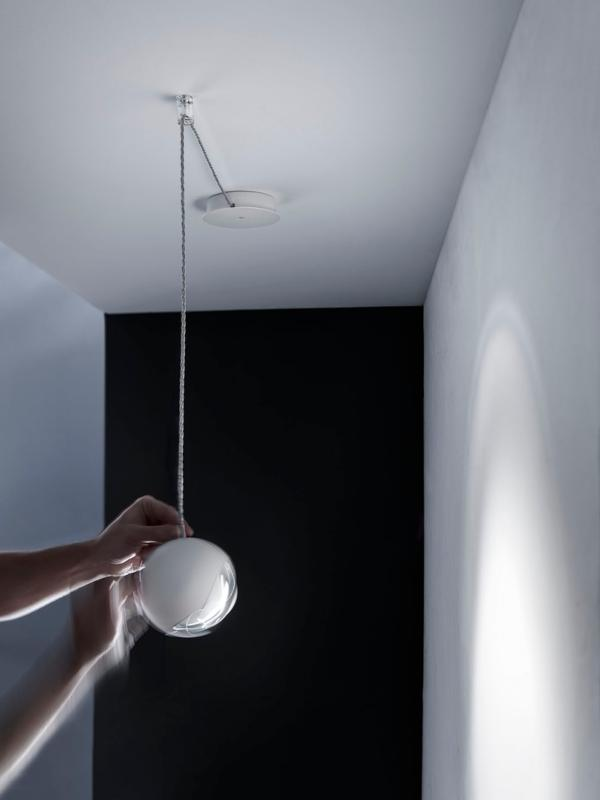 Suspension boule spider luminaire moderne studio italia for Suspension luminaire ronde