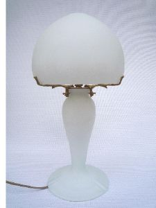 Lampe ronde blanche tip Muller