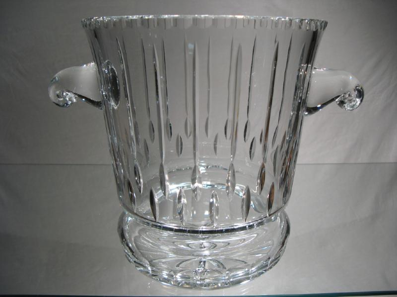 sceau champagne cristal sceau en cristal taill sceau champagne cristal boheme. Black Bedroom Furniture Sets. Home Design Ideas