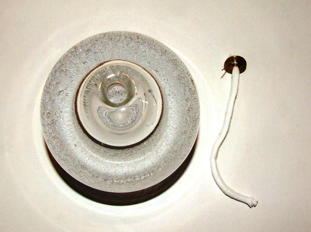 lampe a huile cristal violet or lampe huile cristal murano lampe a huile verre violet doree. Black Bedroom Furniture Sets. Home Design Ideas