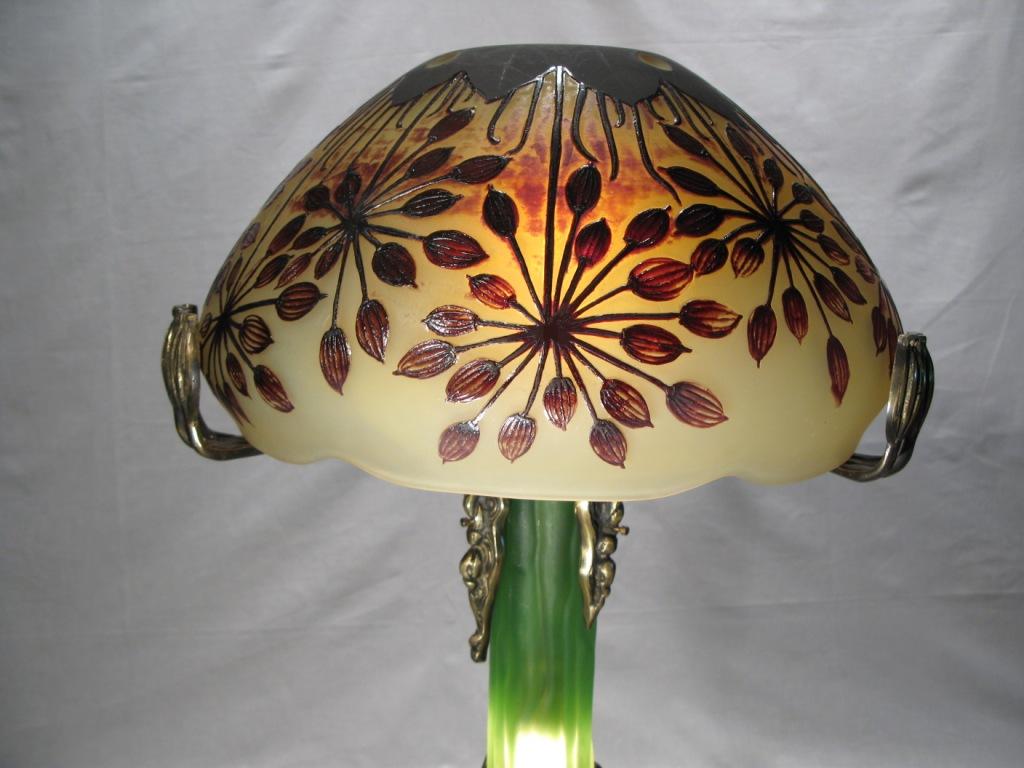 Lampe gallé antique pied en bronze et pate de verre